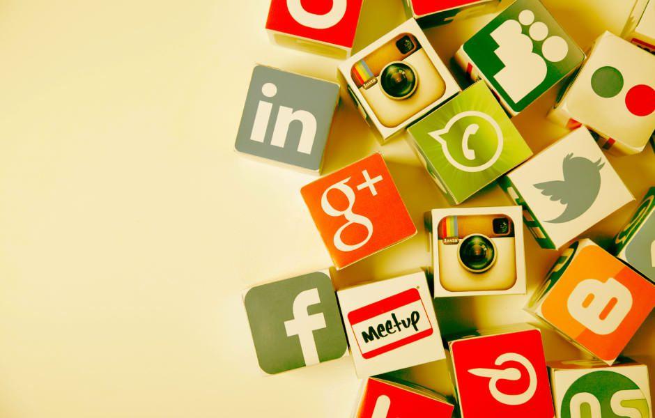 تصویر از چگونه شبکههای اجتماعی وقت ما را هدر میدهند؟