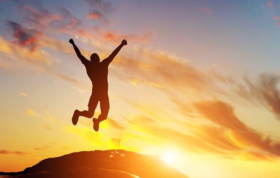 how to live happily 4534535 - چگونه زندگی شاد داشته باشیم؟