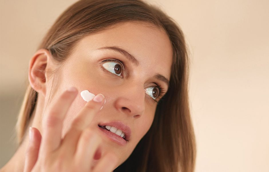 how to get beautiful glowing skin 54565465 - چگونه پوست زیبا و شفاف داشته باشیم؟