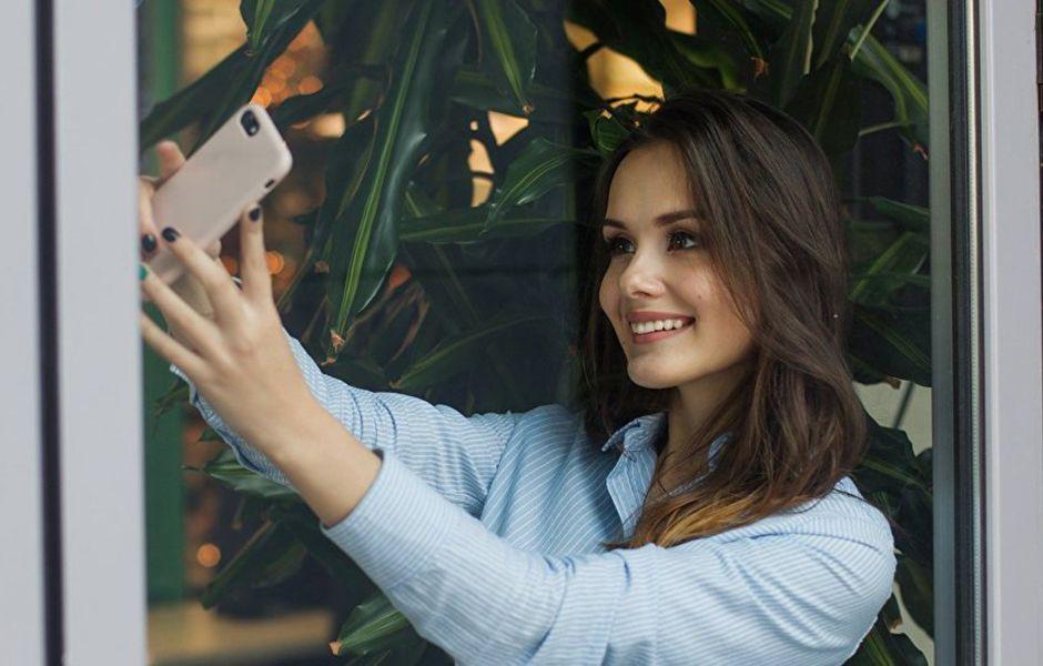 how to take the best selfie 56456546 - چگونه بهترین سلفی را بگیریم؟