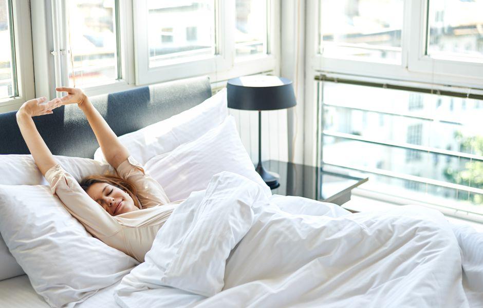 چگونه در دو دقیقه به خواب فرو برویم؟