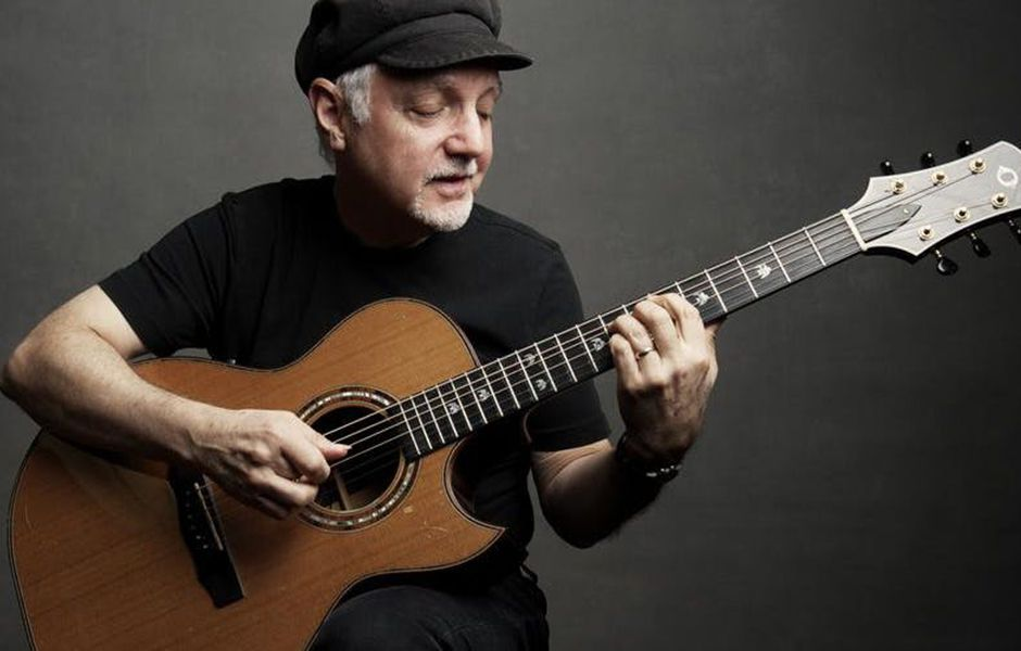 how playing guitar affects the guitarists brain 382394347 compressed - چگونه گیتار زدن بر مغز گیتاریست تاثیر میگذارد؟