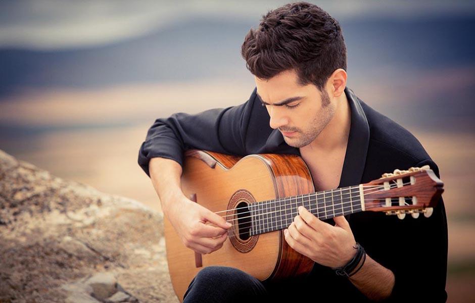 how to become a professional guitarist 453467567 - چگونه به یک گیتاریست حرفهای تبدیل شویم؟