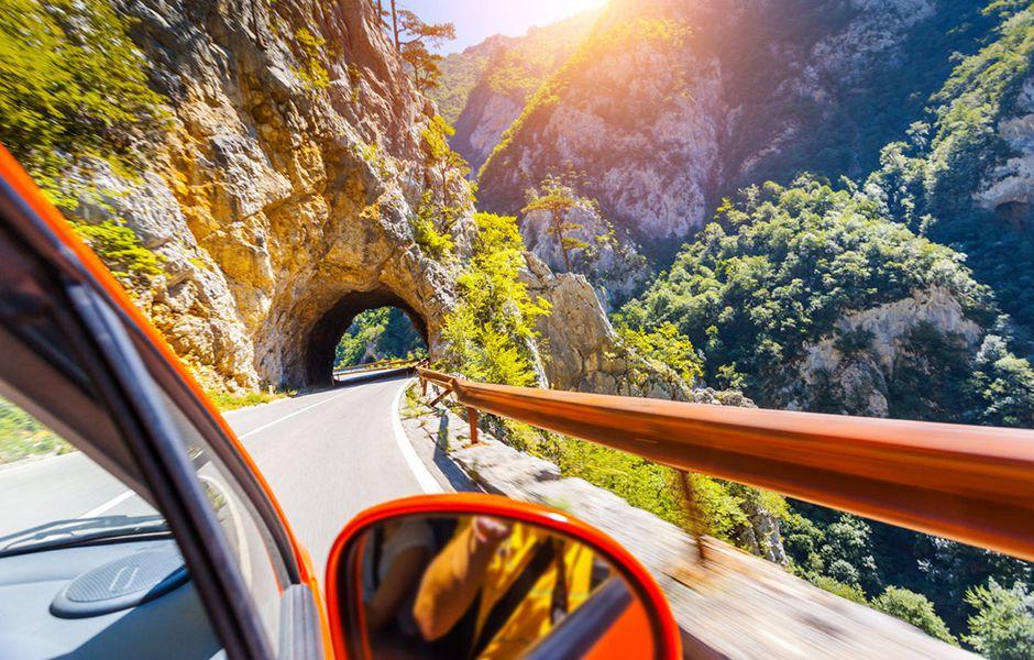 تصویر از چگونه برای یک سفر جاده ای طولانی آماده شویم؟