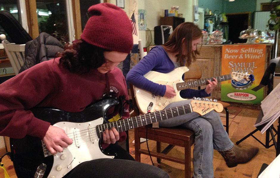 how to play electric guitar 4535677 - چگونه گیتار الکتریک بزنیم؟