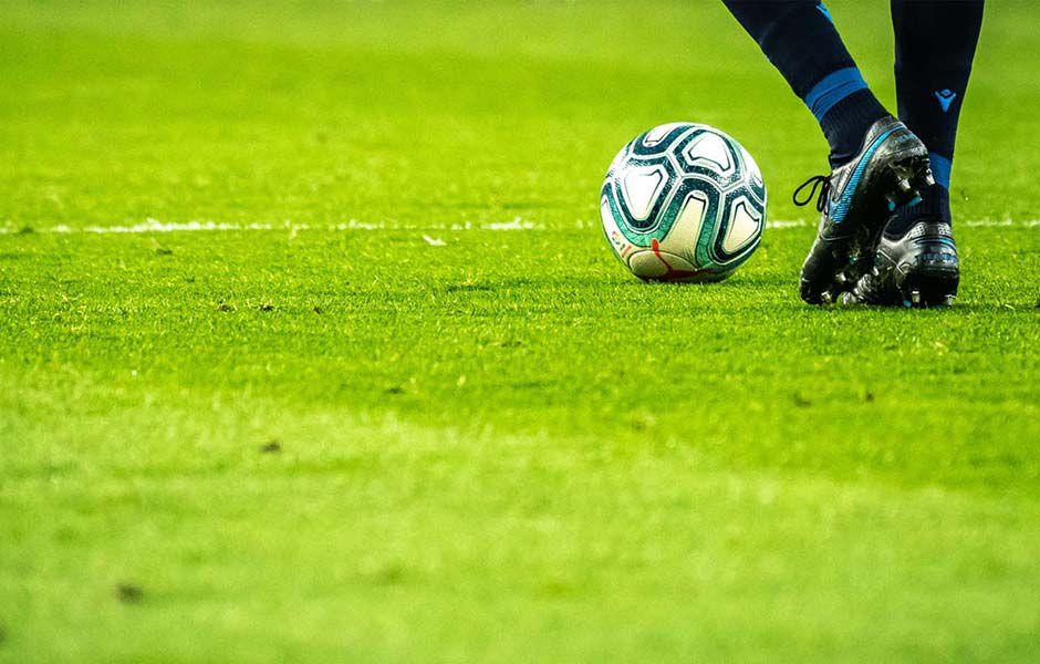 how to understand offside football 5365789 - چگونه در فوتبال قانون آفساید را درک کنیم؟