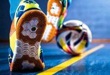 how to kick a futsal ball hard 5657687 220x150 - چگونه در فوتبال یک شوت محکم بزنیم؟
